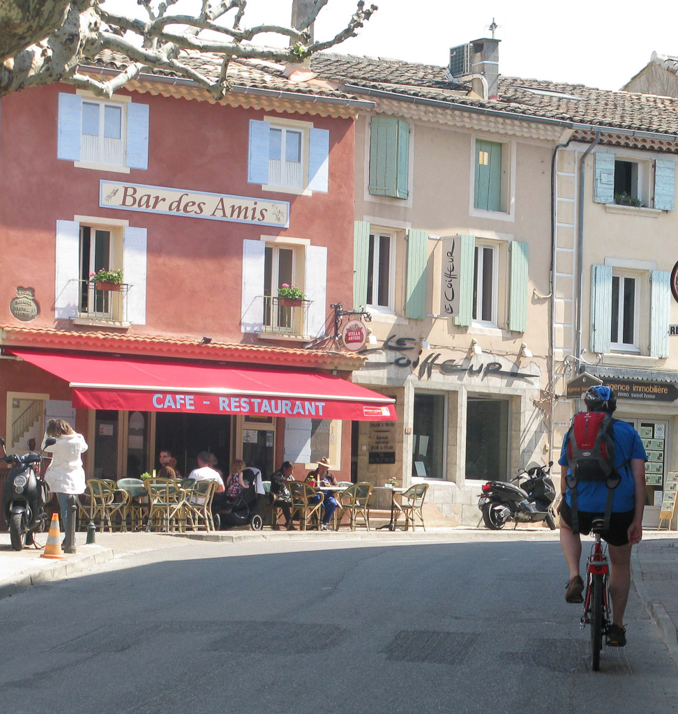 mirabel_auz_baronnie_cafes_and_bicycle