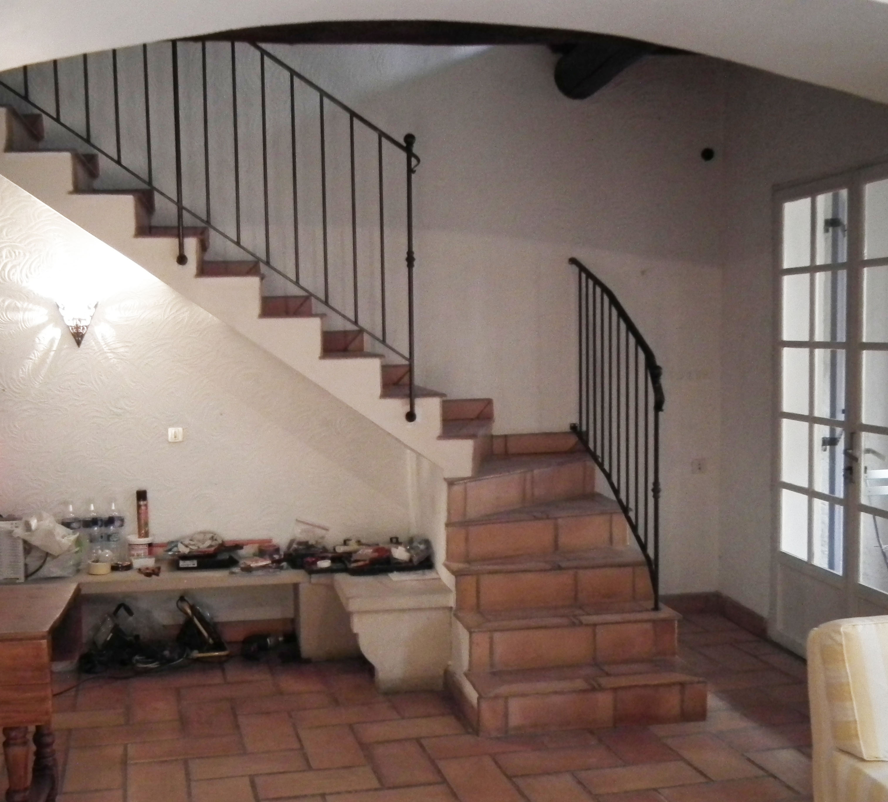 Chez mirabel a maison in provence page 3 - Stair designs ...